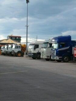 parcheggio camion rimessaggio camion bisceglie molfetta autoenoleggi valente giulio